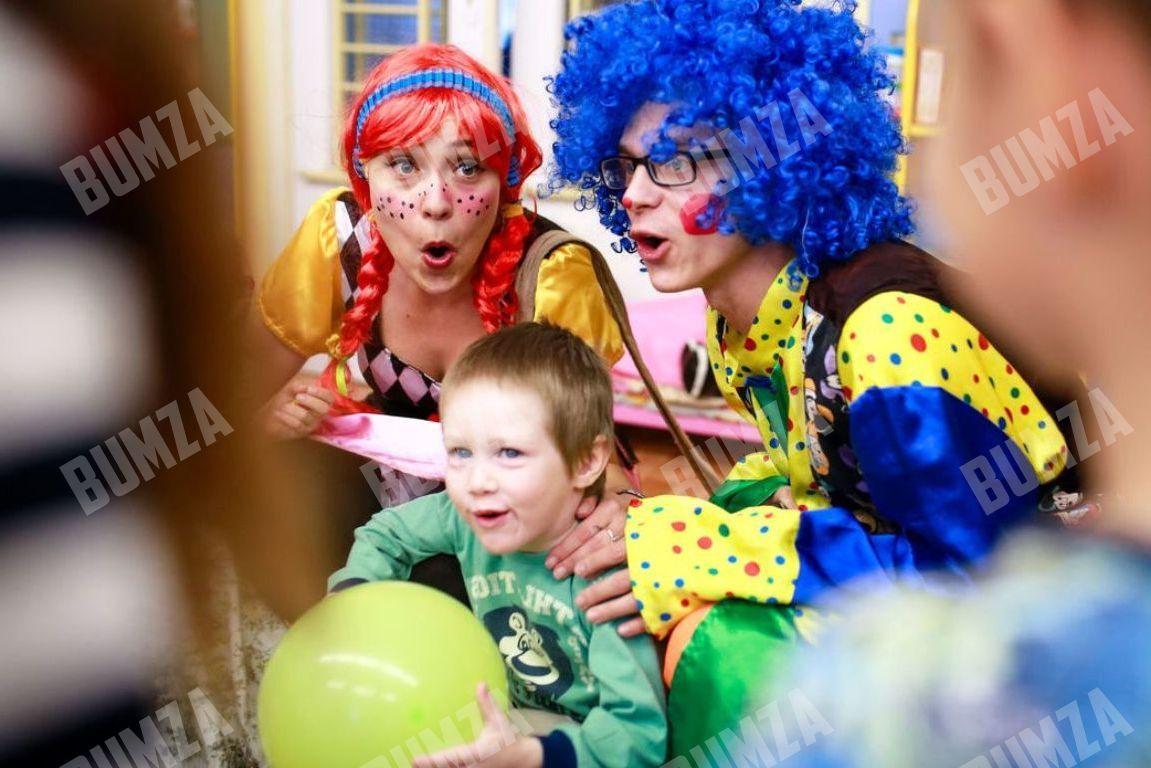 Сценарий для клоунов на новый год